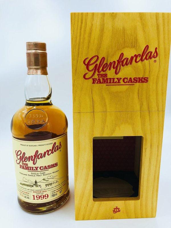 Glenfarclas 1999/2018 Cask 7060 - Refill Butt - The Family Casks (Release W18)